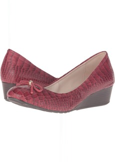 Cole Haan Tali Grand Lace Wedge 40