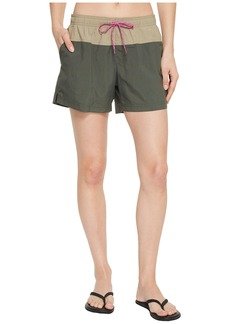 Columbia Sandy River™ Color Blocked Shorts