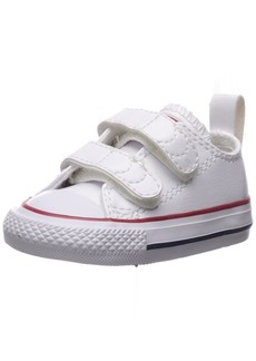 Converse Girls' Chuck Taylor All Star 2V Leather Low Top Sneaker  3 M US Infant
