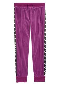 Converse Star Chevron Track Pants (Big Girls)