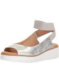 Corso Como Women's CC-Beeata Wedge Sandal  10 Medium US