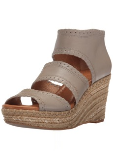 Corso Como Women's Joyce Espadrille Wedge Sandal  9 US/