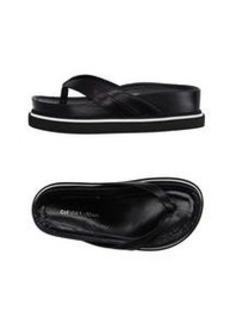COSTUME NATIONAL - Toe strap sandal