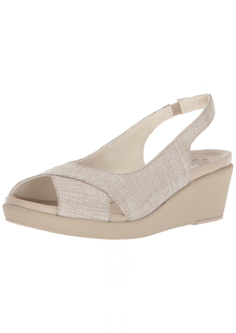 Crocs Women's Leigh Ann Shimer Slngbck WDG W Wedge Sandal oyster/cobblestone  M US