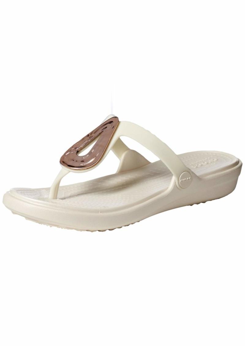 Crocs Women's Sanrah Liquid Metallic Flip Flop rose gold/oyster  M US
