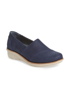Dansko Dankso Julia Wedge Slip-On (Women)