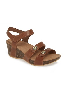 Dansko Savannah Wedge Sandal (Women)