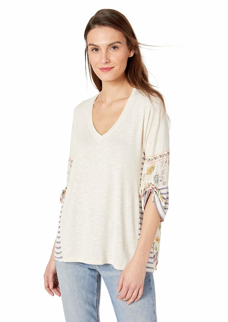 Democracy Women's 3/4 Sleeve Mixed Media V Neck Top  L