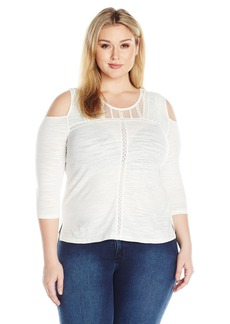 Democracy Women's Plus Size 3/4 Sleeve V-Yoke with Pintucking Top