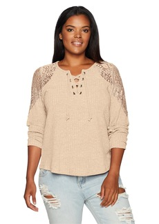 Democracy Women's Plus Size 3/4 Split SLV Tee W/Lace Overlay