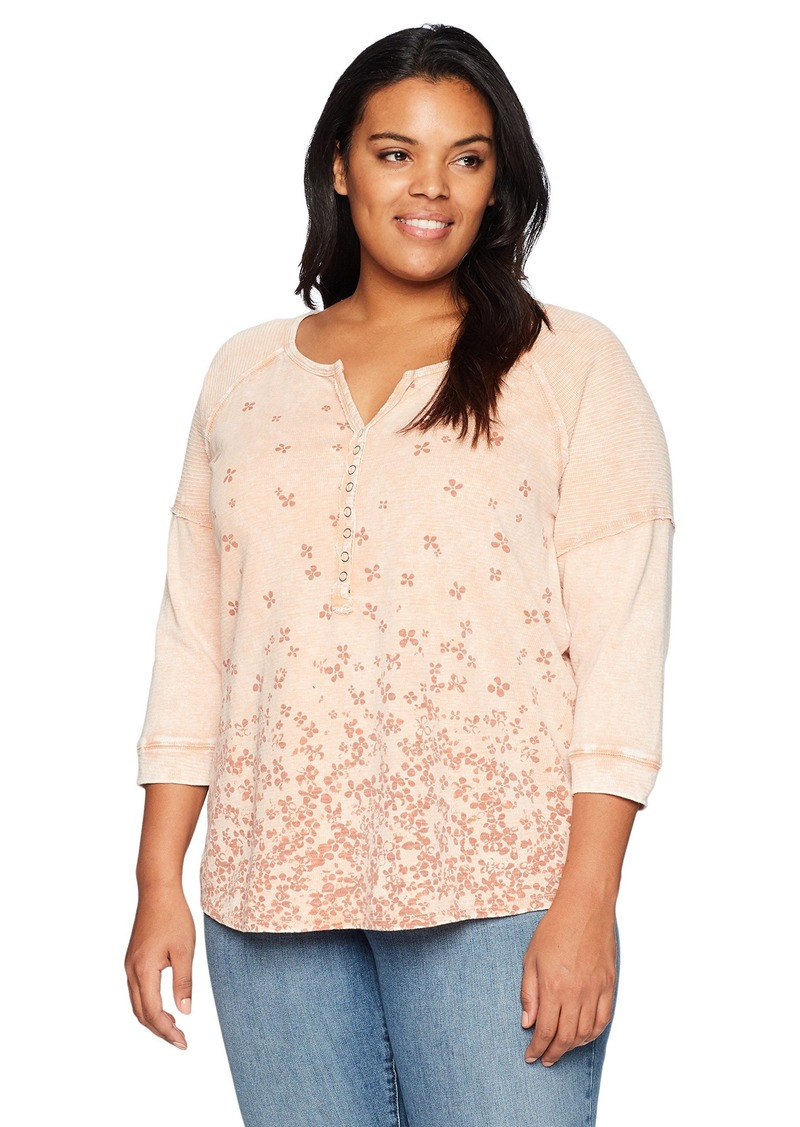 Democracy Women's Plus-Size Long Sleeve Henley with Border Print