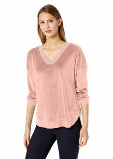 Democracy Women's Velvet 3/4 Sleeve Sweatshirt  M