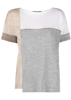 D.Exterior colour-block short-sleeved T-shirt