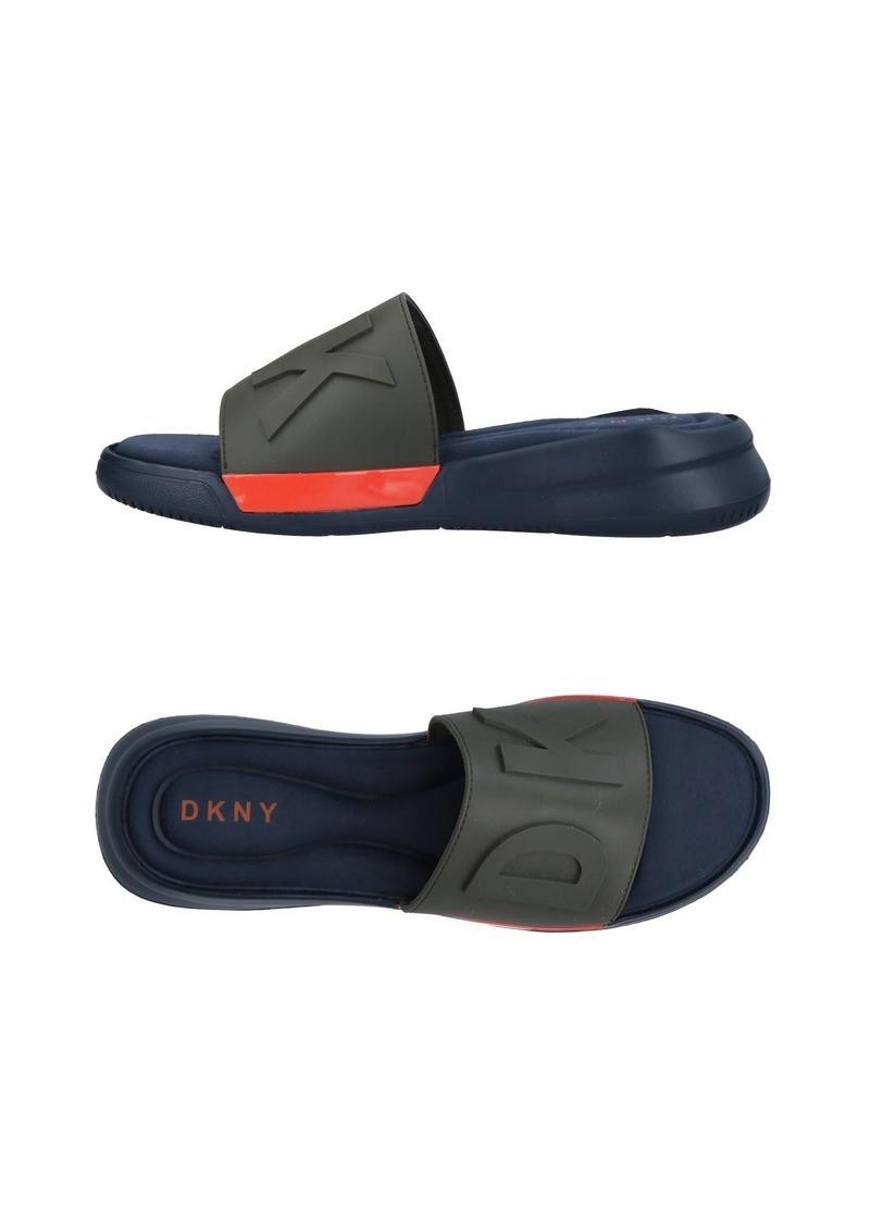 495b578ed9e DKNY DKNY - Sandals