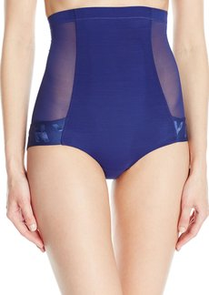 DKNY Women's Runway Collection Shaping Brief