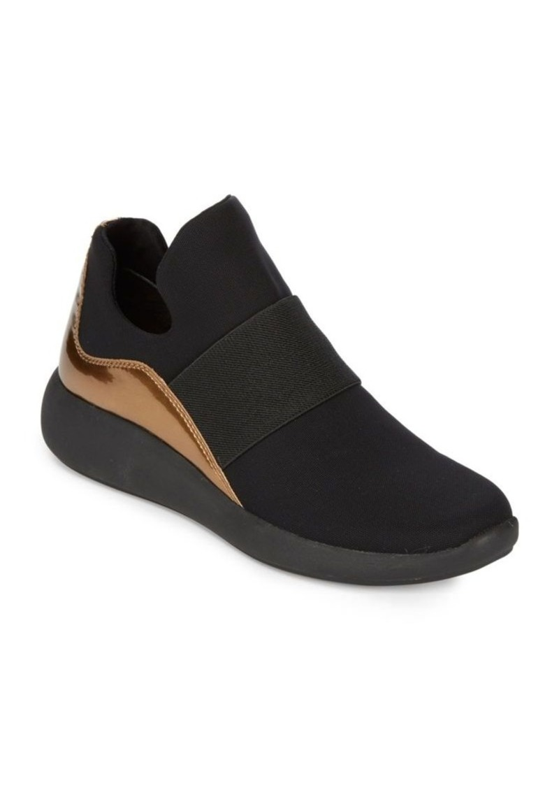 huge selection of 1d444 cdcab Donna Karan Cory Slip-On Sneakers