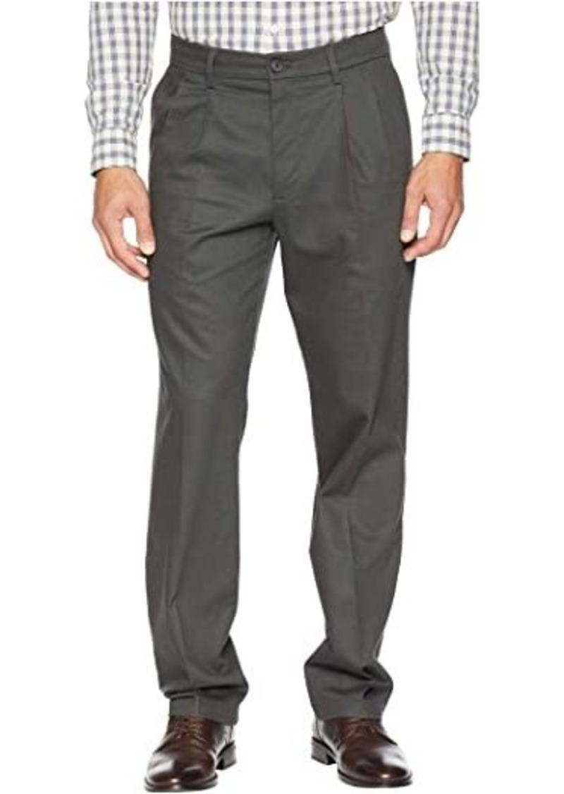 Dockers Classic Fit Signature Khaki Lux Cotton Stretch Pants D3 - Pleated