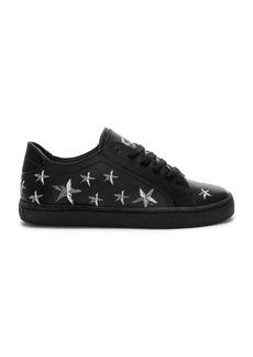 Zeek Sneaker