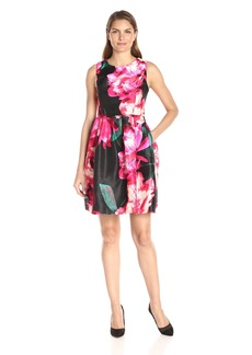 Donna Ricco Women's Short Sleeve Floral Printed Scuba Fit and Flare Dress