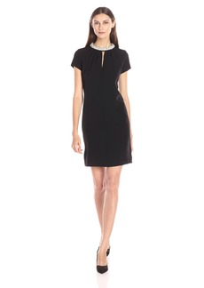 Donna Ricco Women's Short Sleeve Shift Dress with Pearl Necklace