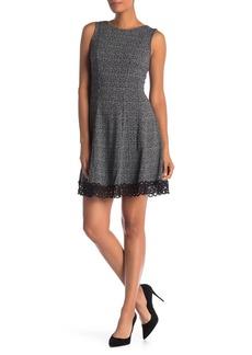 Donna Ricco Jersey Print Crochet Lace Trim Dress