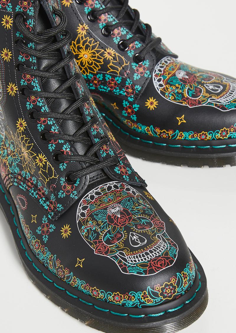 Dr. Martens 1460 Skull 8 Eye Boots