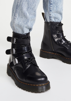 Dr. Martens Fenimore 8 Eye Boots