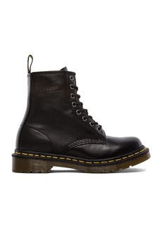 Dr. Martens Iconic 8 Eye Boot
