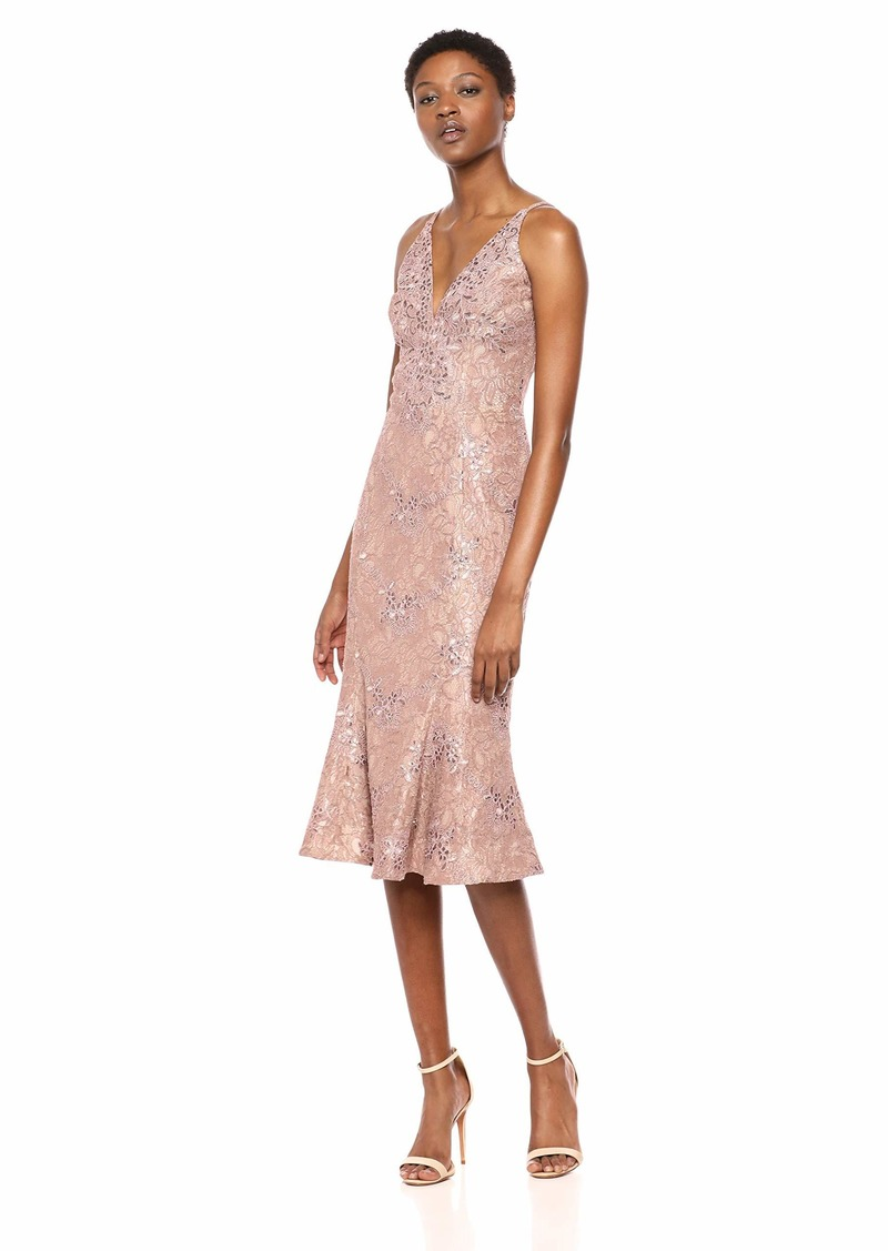 Dress the Population Women's Isabelle Plunging Spaghetti Strap Mermaid Fitted Midi Dress Mauve/Nude lace M