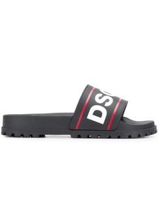 Dsquared2 logo contrast sliders