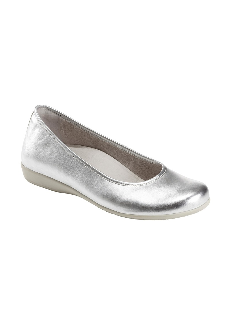 Earth® Astoria Flat (Women)