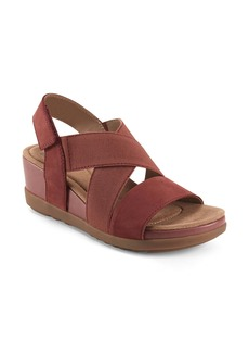 Earth® Origins Carren Wedge Sandal (Women)