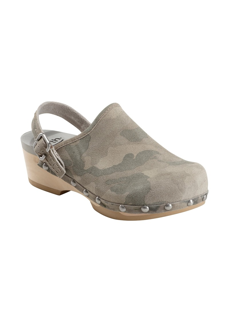Earth® Tiku Clog (Women)
