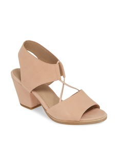 Eileen Fisher Doe Sandal (Women)