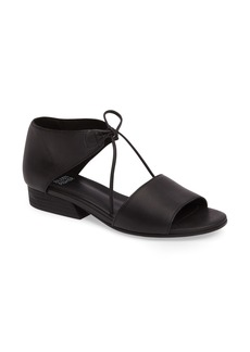 Eileen Fisher Ely Sandal (Women)