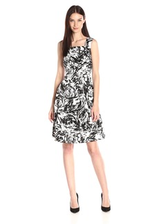 Ellen Tracy Women's Black and White Printed Sleeveless Drop Waist Dress Black/Ivory