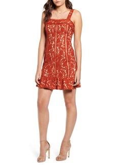 Endless Rose Lace Body-Con Dress