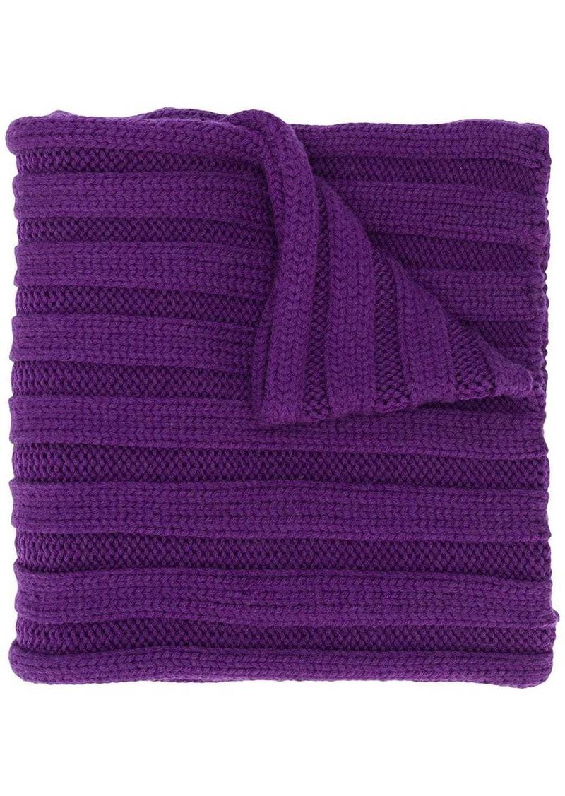 Escada ribbed knit scarf