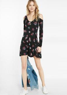 Floral Print Cold Shoulder Long Sleeve Trapeze Dress