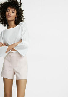 Express Mid Rise 4 1/2 Inch Pocket Front Shorts