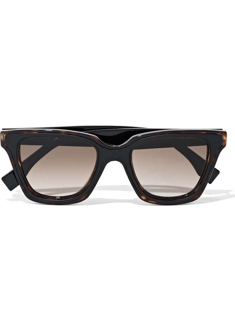 Fendi Woman D-frame Acetate Sunglasses Black
