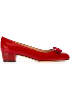 Salvatore Ferragamo Vara bow pumps - Red