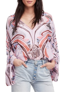 Free People Beneath the Sea Top