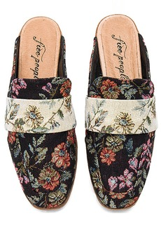 Free People Brocade At Ease Loafer in Black. - size 36 (also in 37,38,39,40,41)