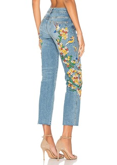 Free People Embroidered Girlfriend Jean. - size 25 (also in 26,27,28)