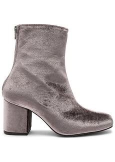 Free People Velvet Cecile Bootie in Gray. - size 36 (also in 37,38,39,40,41)