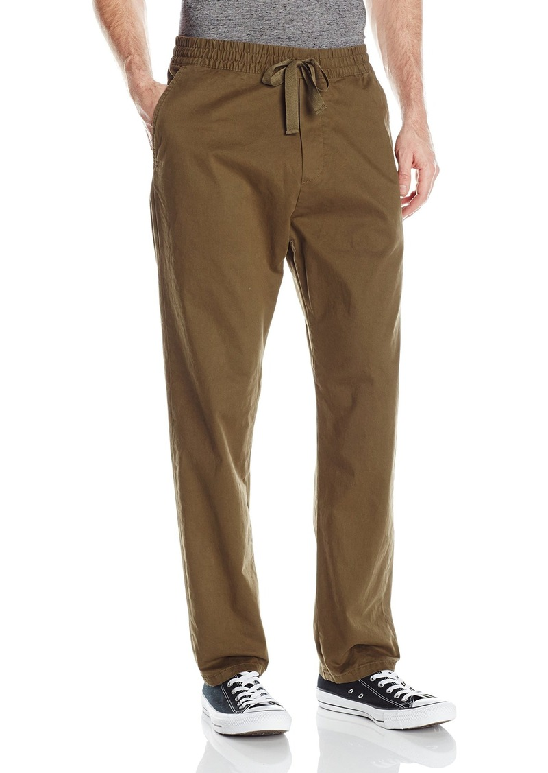 The Propper® Men's Tactical Pant features a low-profile design made of lightweight, breathable ripstop fabric, coated in Teflon™ fabric protector to repel stains and liquids. With nine pockets, an action-stretch waistband, extra-large belt loops, you can carry your gear in comfort.