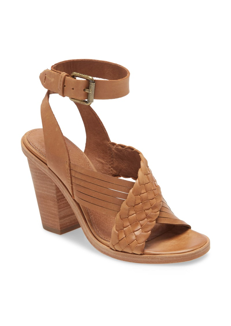 Frye Sara Criss Cross Sandal (Women)
