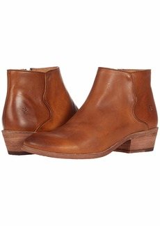 Frye Women's Carson Piping Bootie Ankle Boot