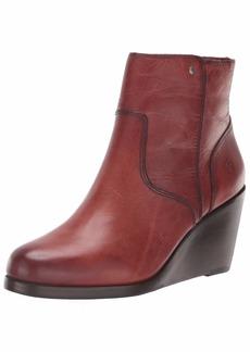 FRYE Women's Emma Wedge Short Fashion Boot red Clay